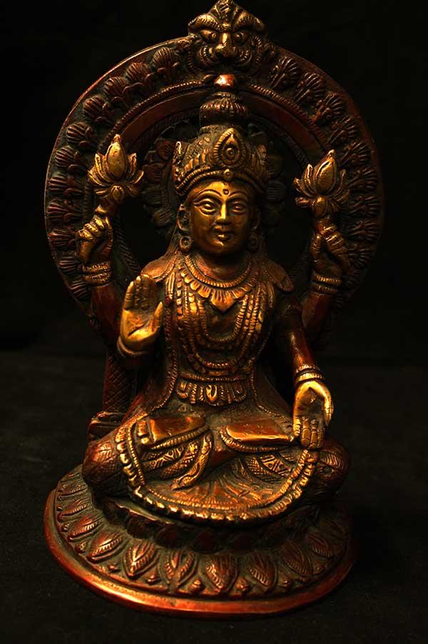 Индийская статуэтка, Лакшми