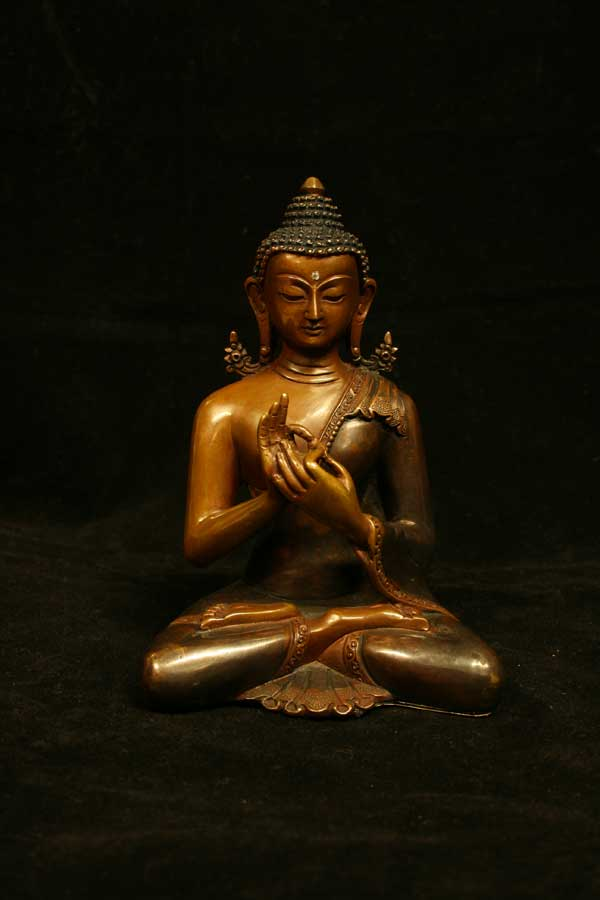 Статуетка Будды Вайрочана