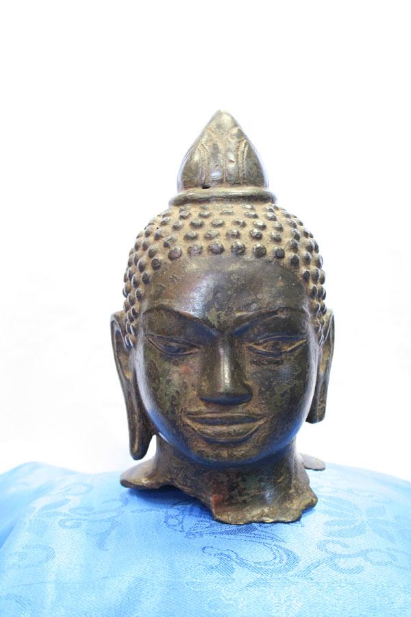 Буддийская антикварная статуэтка голова Будды